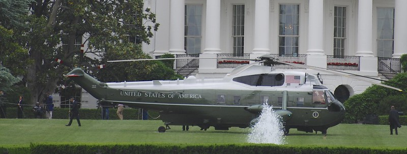 Marine One 5/24/13 Arrival - POTUS walking to the Oval Office