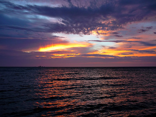 sunset newyork night cloudy longisland mattituck riverhead longislandsound jamesport longislandnorthshore ironpierbeach