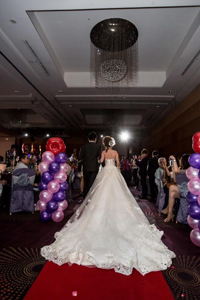 wedding0504-364.jpg