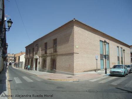 Casa de la cadena de pinto en la actualidad flickr photo sharing - Casa de la cadena ...