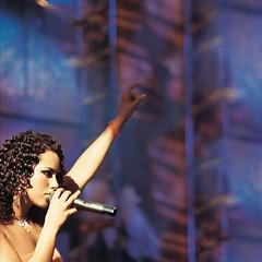 Alicia Keys – Unbreakable
