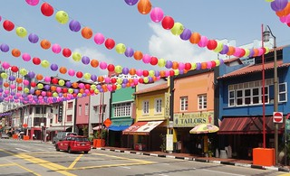 Experience the Chinese Culture at Singapore's Chinatown - Things to do in Singapore
