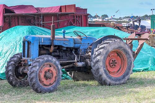 ciągnik rolniczy |Ładne Ciągniki rolnicze zdjęcia|9912307176 4795e4d4fa