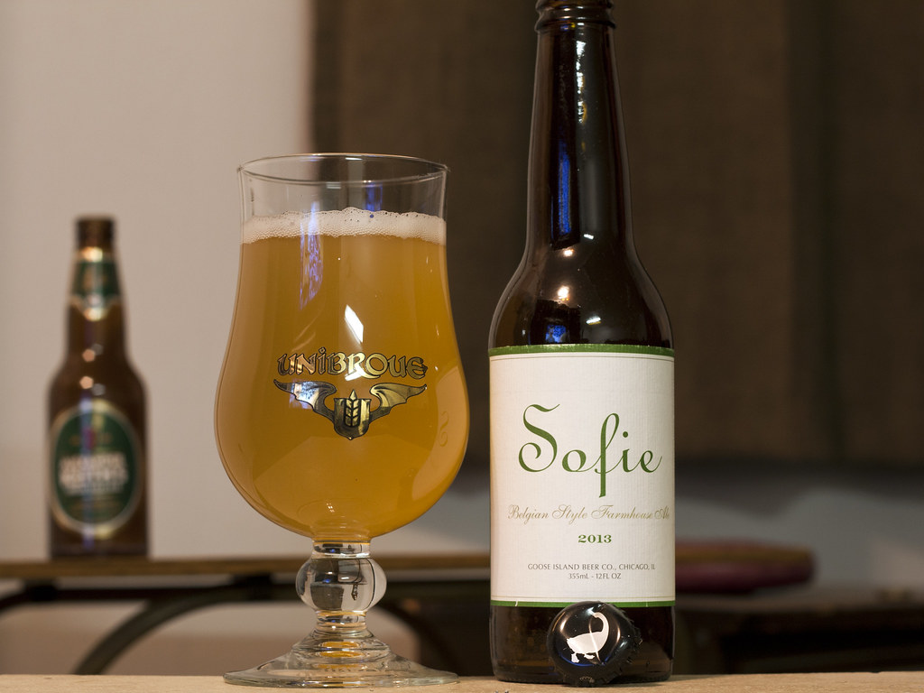 December 13 Goose Island Sophie er Sofie Belgian Style Farmhouse Ale 201