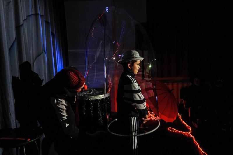 Evry Daily Photo - MQ des Champs Elysees Evry - Spectacle magie pour la galette des rois 04
