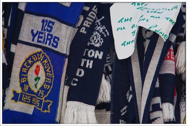 #Blackburn #Rovers #BRFC scarf tribute #RIPSirTom Finney Deepdale #Preston #NorthEnd #PNEFC #PNE
