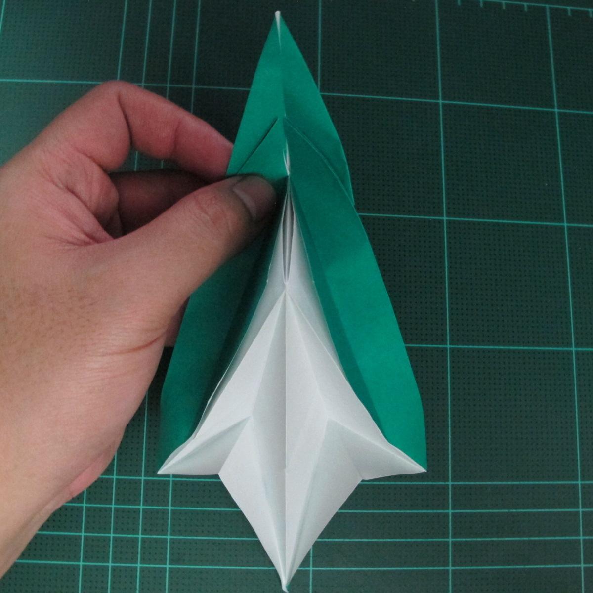การพับกระดาษเป็นรูปเรือมังกร (Origami Dragon Boat) 022