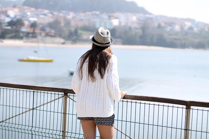 sea, shorts
