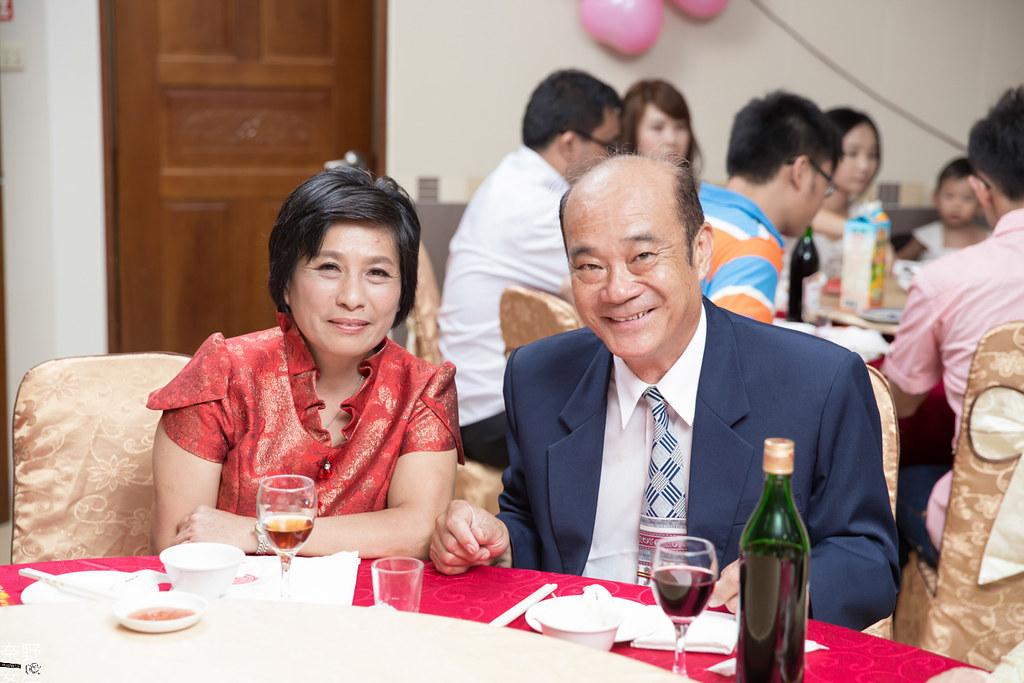 婚禮紀錄-高雄-展誠&鳳綿-文定午宴 X 吉喜海鮮餐廳 (61)