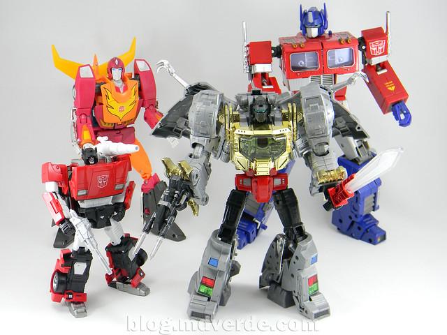 Transformers Sideswipe Masterpiece - modo robot vs Masterpieces