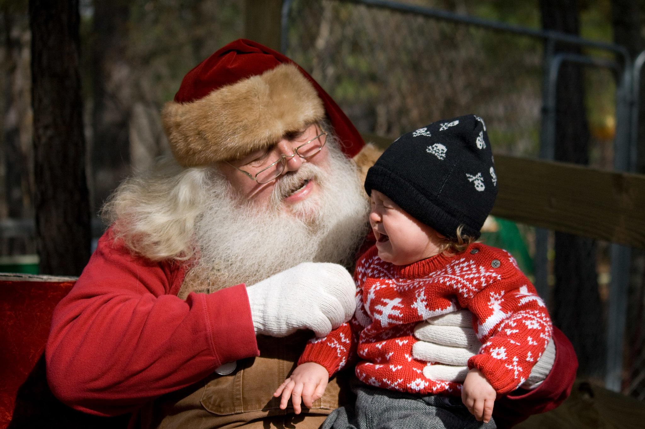 Han Crying With Santa