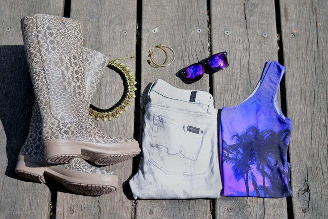 Crocs Festival Outfit Snapshots 11
