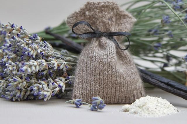 3437 lavender sachet