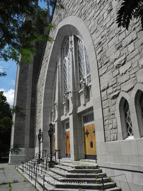Eglise Notre-Dame-de-la-Paix 12