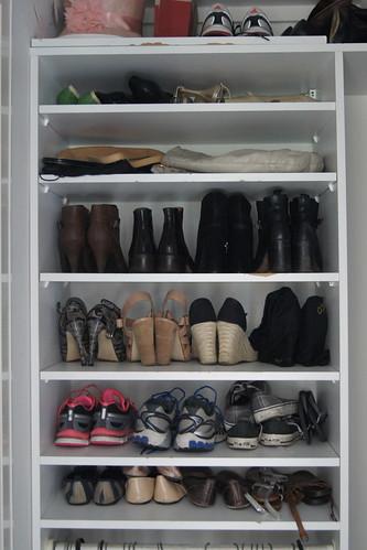 wardrobe declutter DSC03166