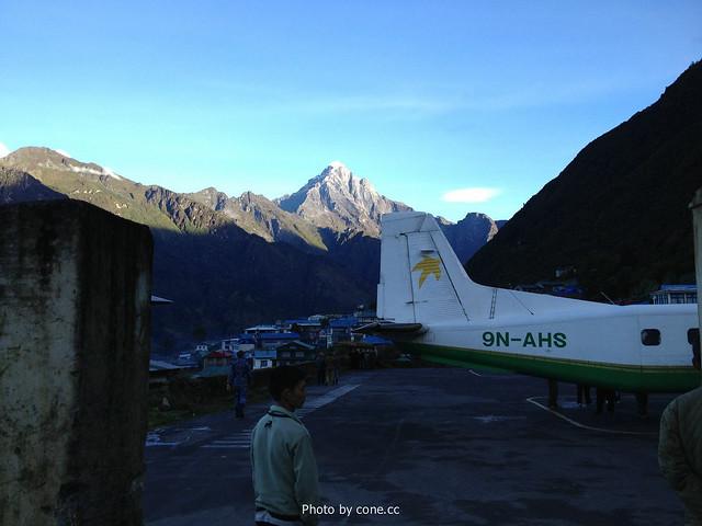有点寒意的Lukla机场
