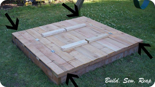 02 - Sanbox lid and benches