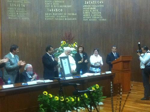 Condecoran al obispo Raúl Vera con el premio internaciona Hugo Gutiérrez Vega by agenciainqro.com Agencia Queretana de Noticias