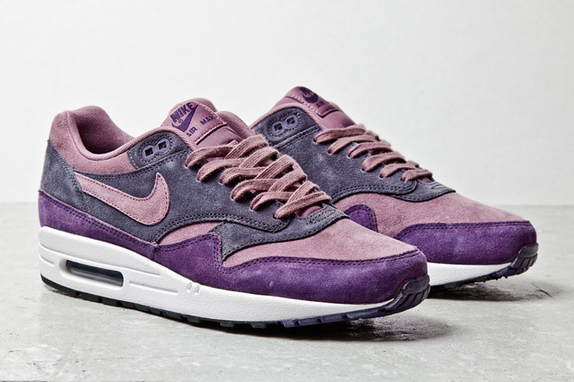 nike-air-max-1-purple-suede-2