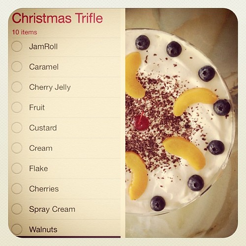 Christmas Trifle - This is my favorite Ingredients for Christmas Trifle that I make for Christmas Every Year. What is your favorite? Do you have a traditional trifle in your country or family? #trifle #christmas #recipe #summer #dessert #food #foodie #rab