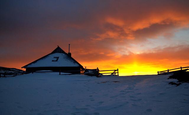 Silva Predalič - Sunset at Velika planina/ Sonu010dni zahod na Veliki planini