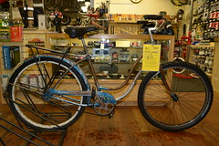 "18"" Schwinn Hollywood $95"