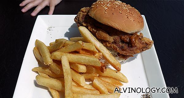 Chicken satay burger