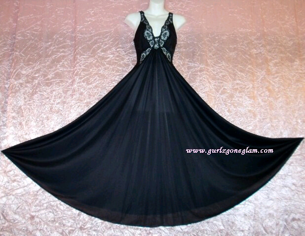 Black Olga Nightgown to the Peignoir set in the next photo Butterfly Lace Gown!