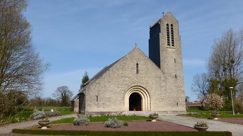 023 Église Sainte-Trinité-Saint-Sauveur-de-Pierrepont