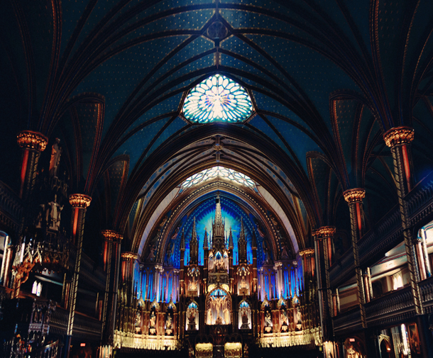 old montreal,notre dame basilica,montreal travel guide