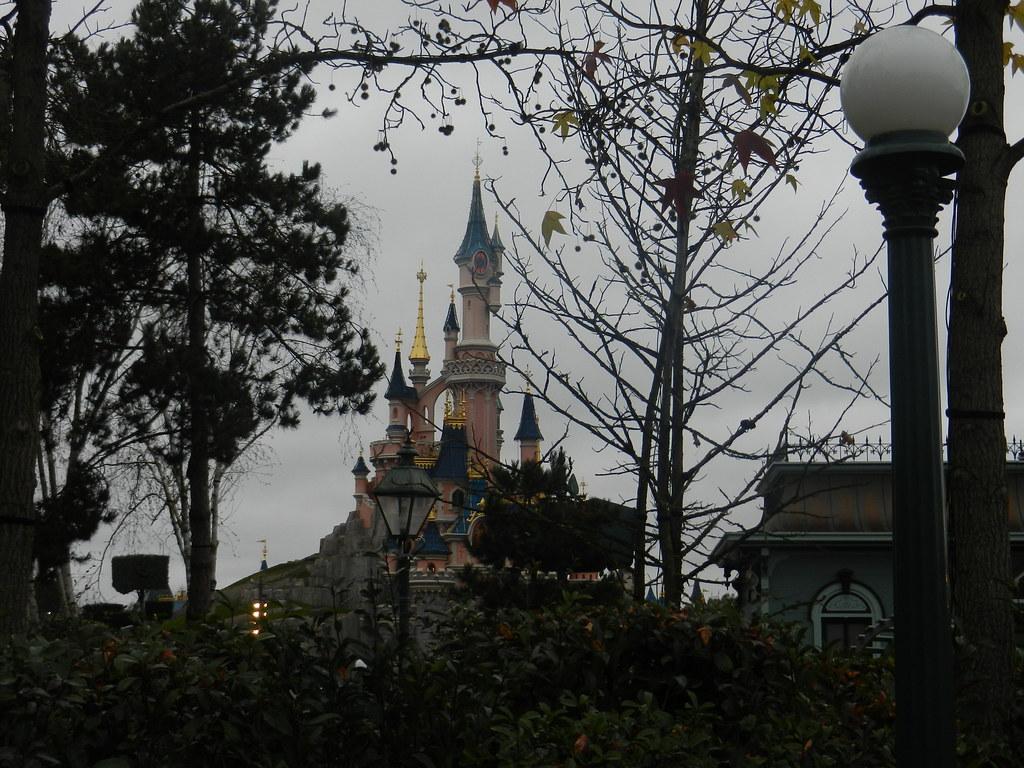 Un séjour pour la Noël à Disneyland et au Royaume d'Arendelle.... - Page 6 13879696475_9e797362ea_b