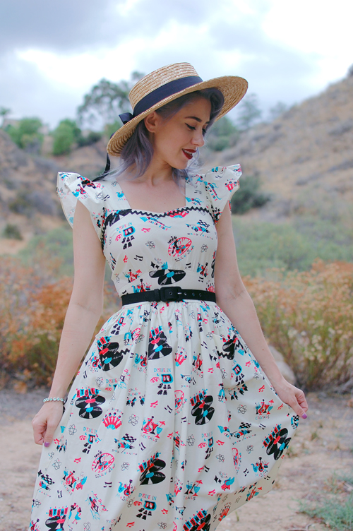 Bernie Dexter Loretta dress in Atomic Festival print