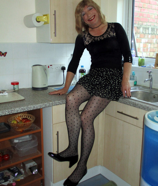 domestic 'n' dotty
