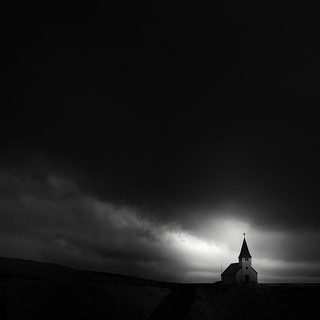 ⁜ Vik Church Infrared