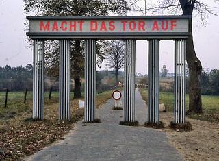 East German Border: 1962 (Please Translate)