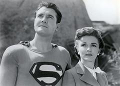 洛伊斯和克拉克:20世纪50年代由乔治·李维和菲利斯·科茨主演的电视连续剧《超人历险》。