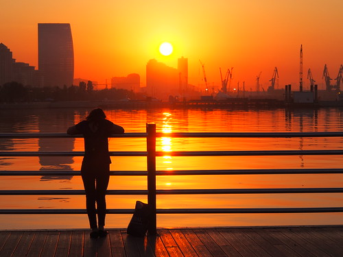 sunrise boulevard baku azerbaijan promenade thumbsup baki aserbaidschan bulvar aserbajdsjan a3b challengegamewinner fotocompetitionbronze ispywinner