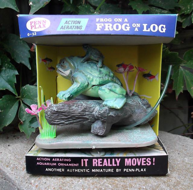 Vintage 1972 penn plax frog on a log aquarium decoration for Aquarium log decoration