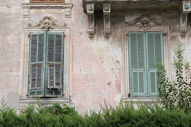 29-villefranche-window