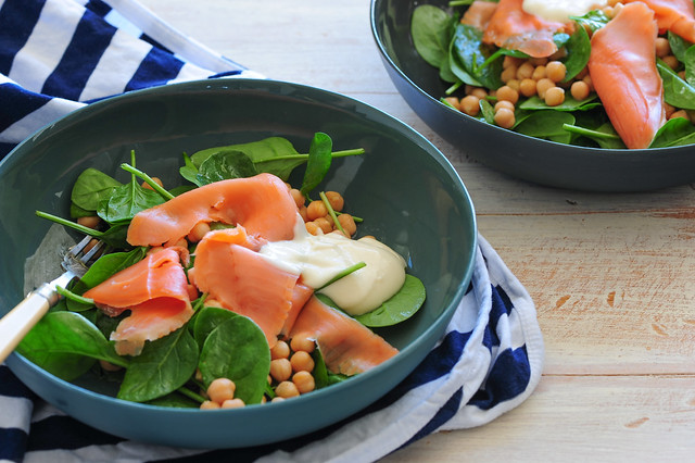 smoked salmon chickpea salad-4