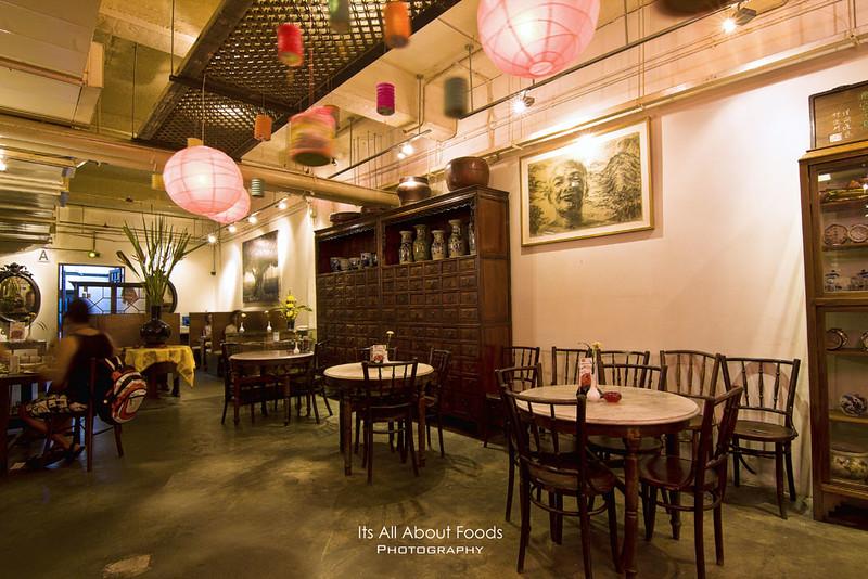 precious-old-china-interior1