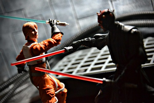 Luke Skywalker vs Darth Maul