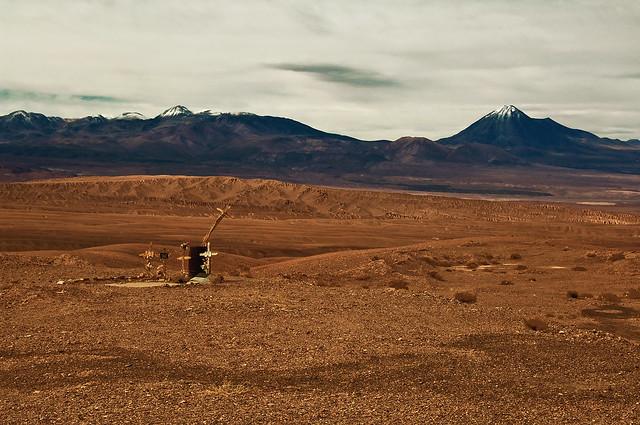 grave in the desert