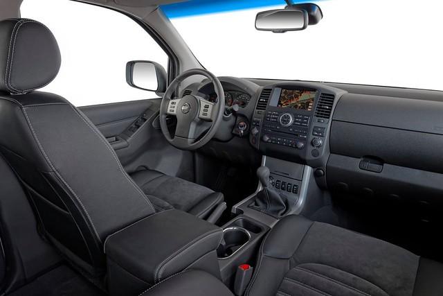 Nissan Navara LE SV