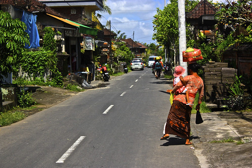 it's always a balancing act on the streets of Ubud