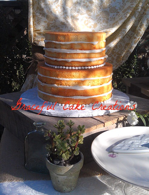 Rustic Wedding Cakes On Old Wwoden Crates