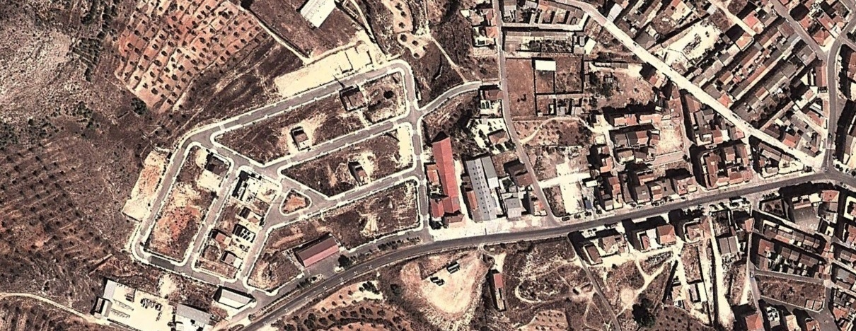 después, urbanismo, foto aérea,desastre, urbanístico, planeamiento, urbano, construcción,Elche de la Sierra, Albacete