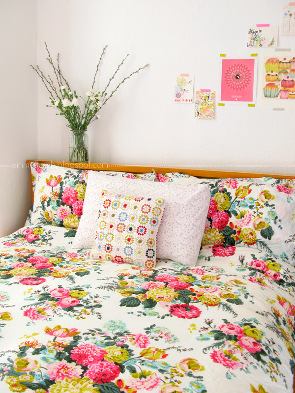 colour crush : Joules Ruby blooms | Emma Lamb