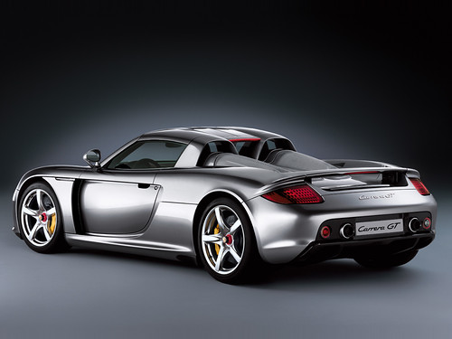 Porsche Carrera GT: Super Deportivo Descapotable de 2 Plazas