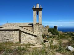 Hameau ruiné d'Occi : l'église restaurée